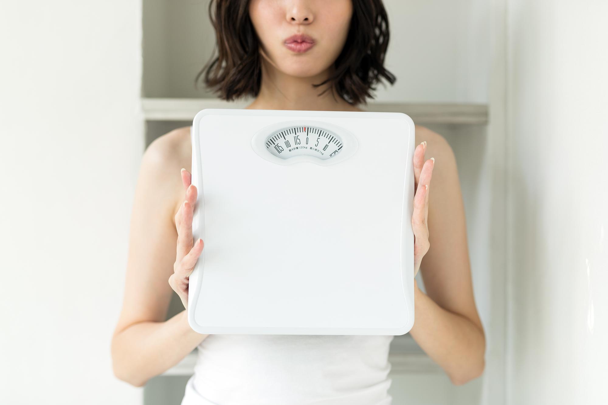 ただ太るだけはNG!健康的に体重を増やすならカシューナッツ|理由や食べ方を解説
