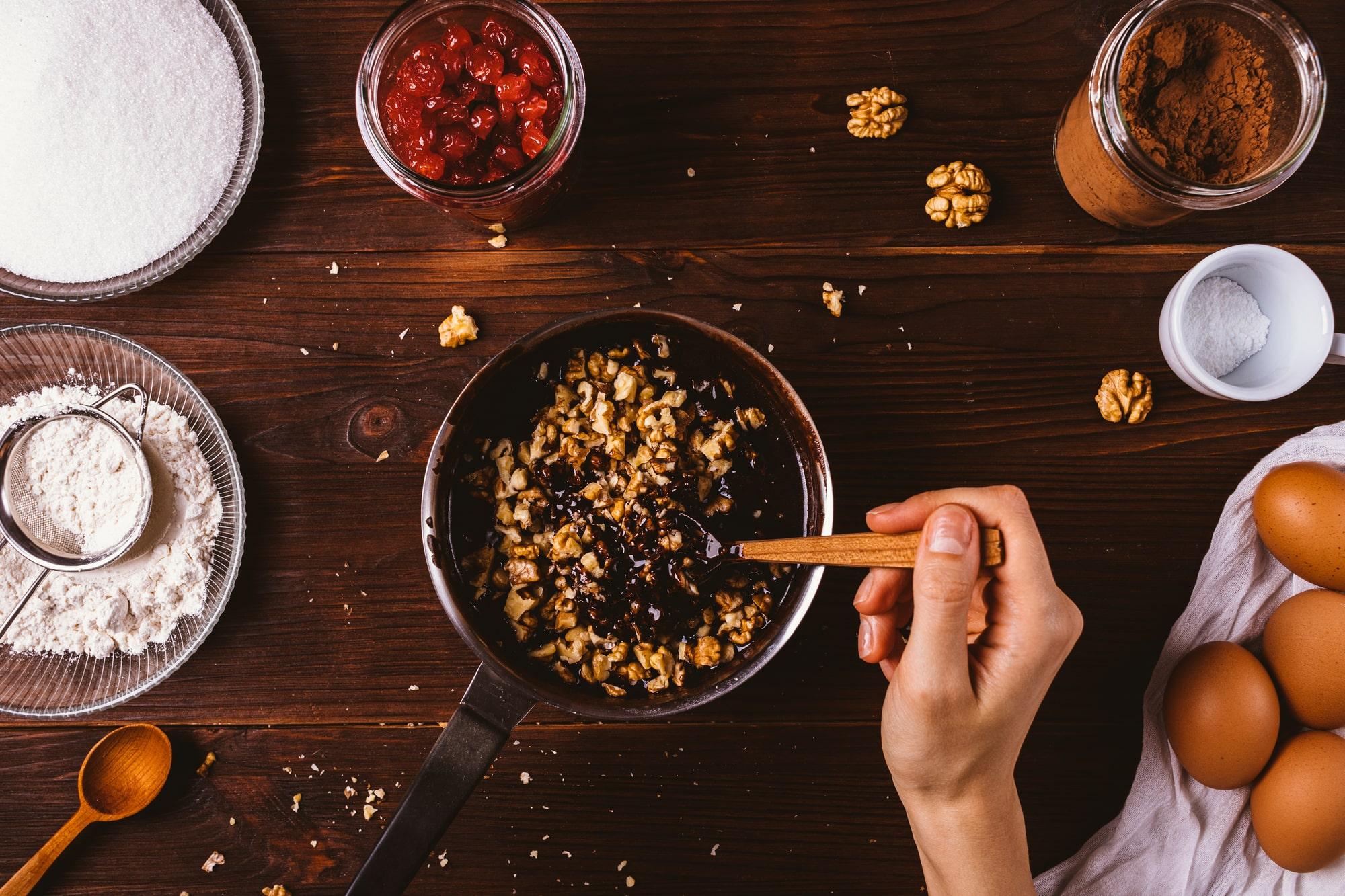 くるみの調理レシピ8選!サラダ・おやつ・おつまみなどメニュー別の作り方まとめ